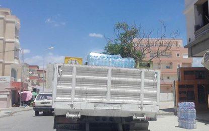 Campagne pour réguler le transport des bouteilles d'eau en plastique