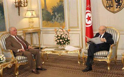 Tunisie : Fin de mission de l'ambassadeur algérien Abdelkader Hadjar