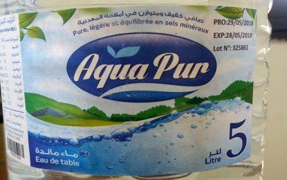 Mise en garde contre la consommation de l'eau en bouteille Aqua Pur