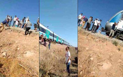 Ezzahra : Un train de la banlieue sud roule sans conducteur