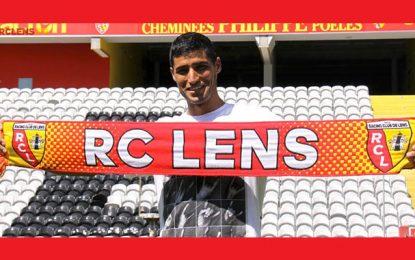 Seif Tka exhibe les couleurs de son nouveau club, RC Lens