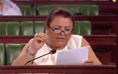 Des élus Ennahdha à leur collègue : «Couvrez ce bras que je ne saurais voir»