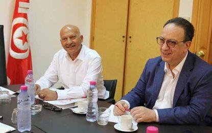 Riahi fera appel de la décision du tribunal militaire d'abandonner sa plainte contre Chahed