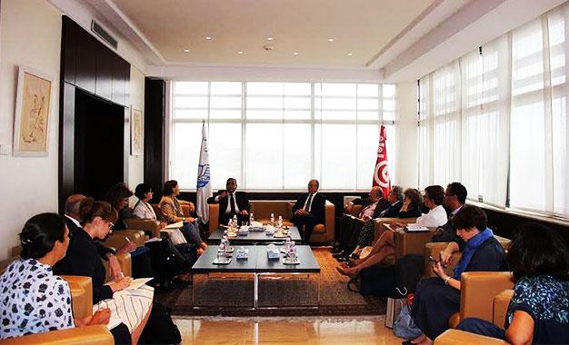 Utica l aleca au menu des discussions avec des for Commission commerce et artisanat decazeville murat
