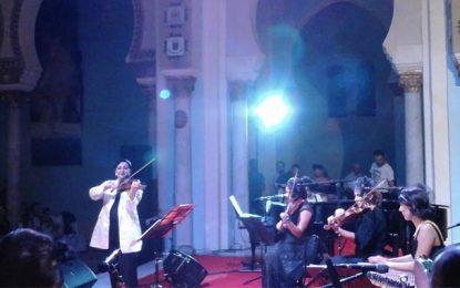 Octobre musical-''Mad'moiselle'' d'Amina Srarfi : «Ya de la joie»