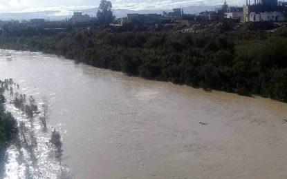 Appel à la vigilance suite à la montée des eaux de l'oued Medjerda