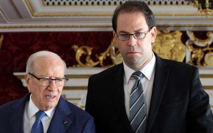 Kais Saied : Chahed n'est pas obligé de consulter Caïd Essebsi