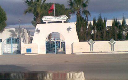 Nabeul : Deux élèves arrêtés pour avoir brûlé le drapeau national