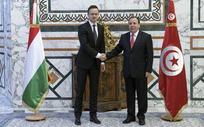 Tunisie-Hongrie: Accord de coopération militaire et policière