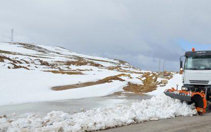 Siliana : Fermeture de la route Makthar-Rouhia à cause de la neige