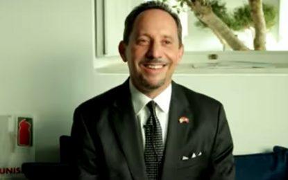 L'ambassadeur américain s'exprime en tunisien à l'occasion de la fin de sa mission