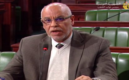 Un député Ennahdha dénonce le manque d'enseignement du Coran en Tunisie