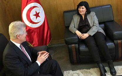 Abir Moussi reçoit l'ambassadeur de France Dignitaire Jean-David Levitte