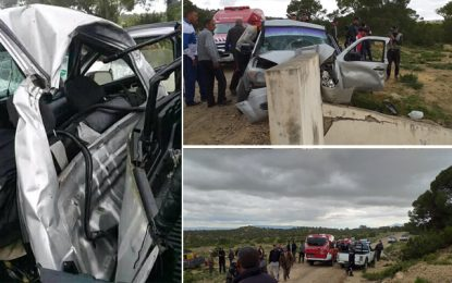 Foussana : Une voiture transportant de la contrebande percute un poteau, le conducteur décède sur place