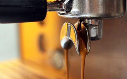 Tunisie : Les cafés et salons de thé autorisés à prolonger leurs horaires de travail