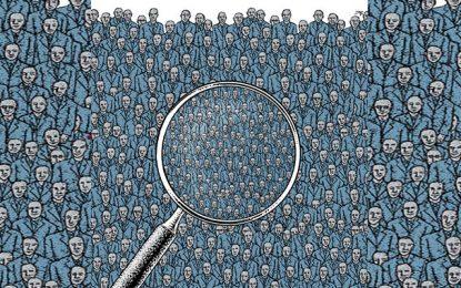 Libertés surveillées et contrôles tous azimuts : La crise de la démocratie dans les puissances occidentales