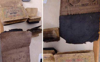 Kasserine : Saisie de manuscrits à valeur archéologique en hébreu,  introduits illégalement de Libye