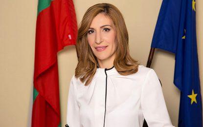 Tourisme : La ministre bulgare Nikolina Angelkova s'en prend à la Tunisie
