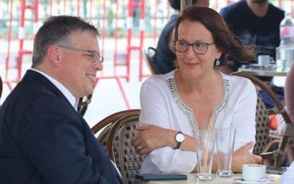 L'ambassadeur américain se sent en sécurité en Tunisie, il flâne avec son épouse à l'avenue Habib Bourguiba de Tunis