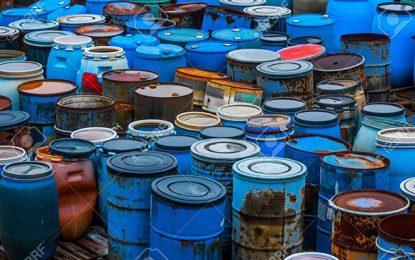 Arrestation de deux responsables régionaux dans l'affaire des déchets toxiques illégalement enfouis à Sidi Bouzid