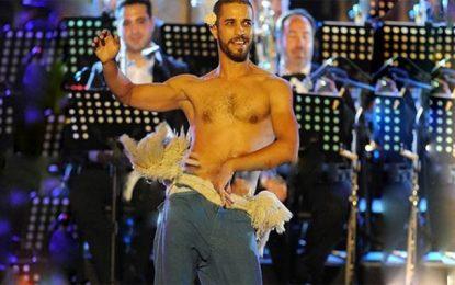 Le danseur chorégraphe Rochdi Belgasmi annonce son mariage avec une femme… voilée