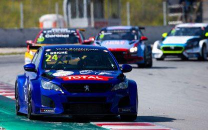 La Peugeot 308 TCR a remporté deux prix au Circuit international de Barcelone ce weekend