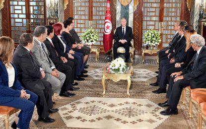Palais de Carthage : Kaïs Saïed reçoit les membres de l'ancien cabinet présidentiel (Vidéo)