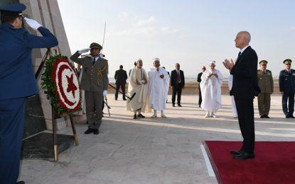 Après la cérémonie d'investiture au palais de Carthage, Kaïs Saïed se rend au carré des martyrs à Sijoumi (vidéo)