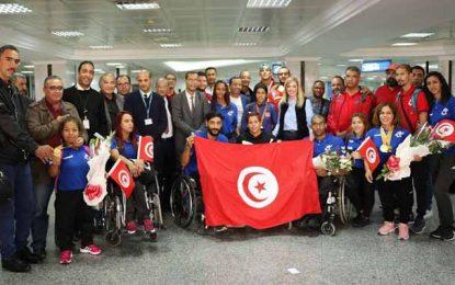 Mondiaux para-athlétiques de Dubaï : Les Tunisiens rentrent avec 13 médailles dont 7 en or (vidéo)