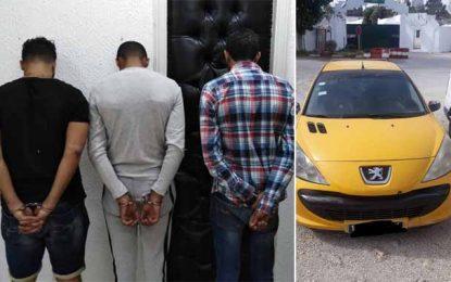 Tunis : Quatre-vingts capsules de drogue saisies en possession de 3 individus dont un chauffeur de taxi