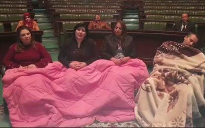L'Assemblée diffuse 3 communiqués et Abir Moussi refuse toujours de lever le sit-in