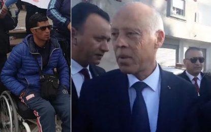 Kaïs Saïed se rend chez la famille de Tarek Dziri pour présenter ses condoléances (Vidéo)