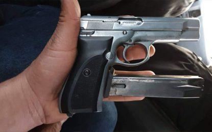 Sousse : Saisie d'un pistolet en possession d'un individu recherché pour une affaire de violence aggravée