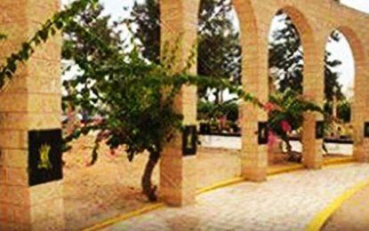 Le maire de Sfax nie avoir changé le nom de la place Fadhel Ben Achour par Rabaa