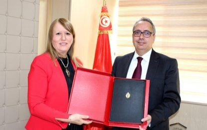 Thouraya Jeribi, première femme ministre de la Justice, en Tunisie, prend officiellement ses fonctions