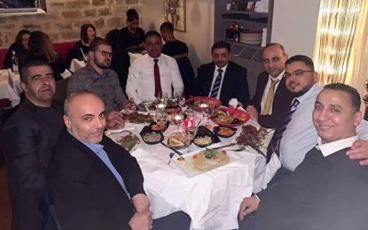 Les anti-Français tunisiens s'amusent à… Paris