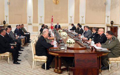 Le député Jalled affirme que le Conseil de sécurité nationale a décidé le confinement total en Tunisie