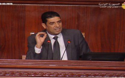 «Élevez un peu le niveau pour que l'on puisse travailler !», lance Tarek Fetiti, 2e vice-président de l'Assemblée, aux députés