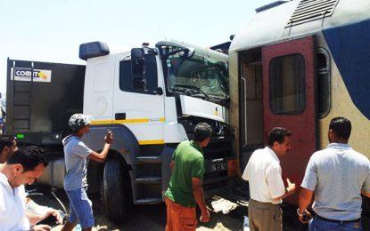 Sousse : collision entre un train et un camion à Sahloul