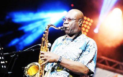 Le Coronavirus a eu raison du géant de la musique africaine Manu Dibango