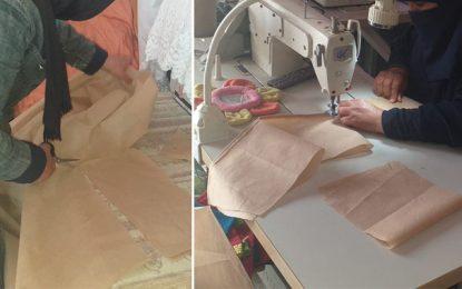 Profil : Confinée dans sa boutique à la Cité Al-Jomhouria, Cherifa coud des masques de protection pour les offrir aux démunis