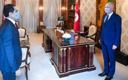 Le rapatriement des Tunisiens bloqués à l'étranger au centre de la rencontre entre Saïed et Erray