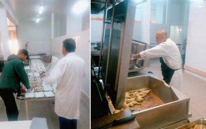 Sfax : Le restaurant universitaire El-Manar offre des repas d'iftar aux étudiants subsahariens