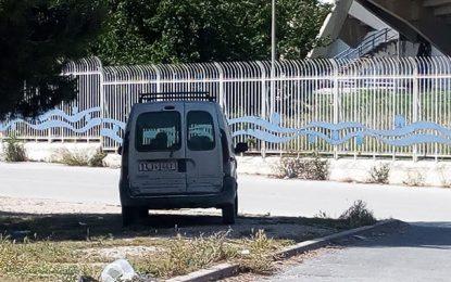 Tunis : Ne dérangez pas l'agent de l'Etat qui fait sa sieste