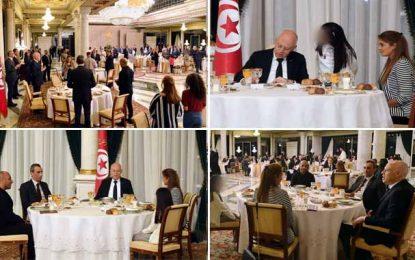 Palais de Carthage : Dîner d'iftar en l'honneur des familles des martyrs de la garde présidentielle