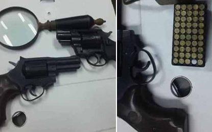 Djerba : Saisie de 3 pistolets, sans permis, appartenant à un Français