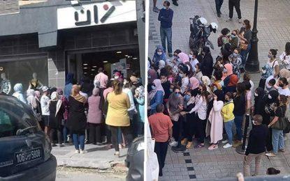 Déconfinement progressif : Des foules se regroupent devant les boutiques de vêtements