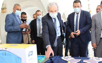 L'AFD distribue du matériel anti Covid-19 à des communes tunisiennes