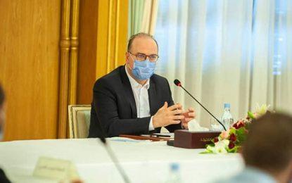 Covid-19 en Tunisie : Fakhfakh tombe les masques de son gouvernement