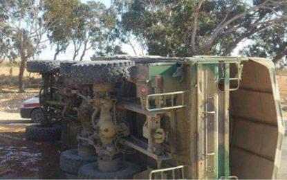 Kasserine : Blessure de 8 soldats suite au renversement d'un camion militaire
